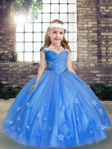 Best Blue Sleeveless Floor Length Beading and Hand Made Flower Lace Up Pageant Dresses