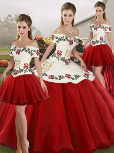 Eye-catching Off The Shoulder Sleeveless Quinceanera Gown Floor Length Embroidery White And Red Organza