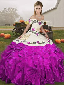 Romantic Sleeveless Organza Floor Length Lace Up 15 Quinceanera Dress in White And Purple with Embroidery and Ruffles