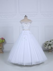 White Sleeveless Beading Lace Up Bridal Gown