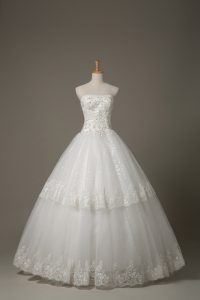 White Ball Gowns Strapless Sleeveless Tulle Floor Length Lace Up Beading and Lace Bridal Gown