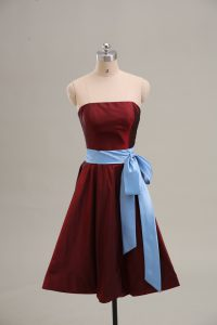 Wine Red A-line Taffeta Strapless Sleeveless Sashes ribbons Mini Length Zipper Dress for Prom