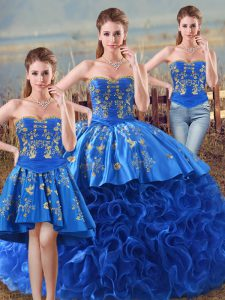 Low Price Sleeveless Fabric With Rolling Flowers Floor Length Lace Up Sweet 16 Dresses in Royal Blue with Embroidery and Ruffles