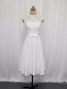 White Scoop Neckline Lace and Belt Wedding Gown Sleeveless Lace Up