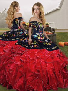 Customized Red And Black Sleeveless Embroidery and Ruffles Floor Length 15th Birthday Dress