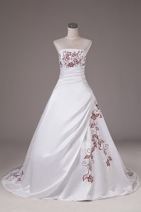 Popular Sleeveless Satin Brush Train Lace Up Wedding Dress in White with Embroidery