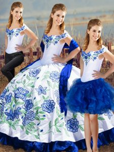 Dazzling Off The Shoulder Sleeveless Satin Sweet 16 Quinceanera Dress Embroidery Lace Up