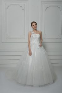 Clearance Tulle Sleeveless Wedding Gown Brush Train and Beading and Lace and Hand Made Flower
