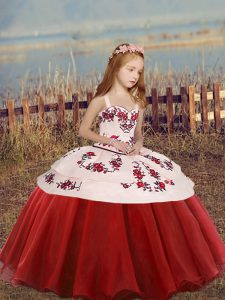 Beautiful Red Sleeveless Embroidery Floor Length Little Girls Pageant Gowns