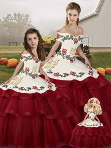 Exquisite Sleeveless Tulle Brush Train Lace Up 15th Birthday Dress in Wine Red with Embroidery and Ruffled Layers