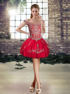 Pretty Off The Shoulder Sleeveless Prom Homecoming Dress Mini Length Beading and Appliques Red Tulle
