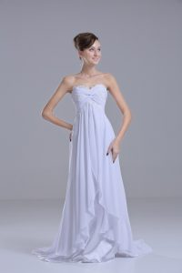 Chiffon Sweetheart Sleeveless Sweep Train Lace Up Lace Wedding Gown in White