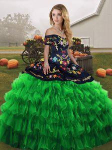 Modest Organza Sleeveless Floor Length Vestidos de Quinceanera and Embroidery and Ruffled Layers