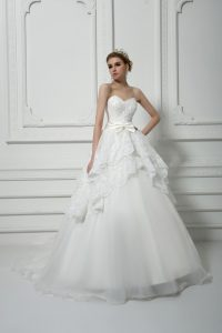 Spectacular White Lace Up Sweetheart Beading and Lace and Bowknot Wedding Gown Organza Sleeveless Brush Train