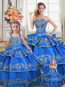 Latest Sweetheart Sleeveless Vestidos de Quinceanera Floor Length Embroidery and Ruffled Layers Royal Blue Satin and Organza