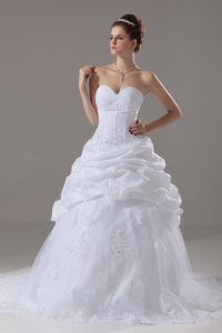 Fantastic Tulle Sweetheart Sleeveless Brush Train Lace Up Beading and Lace and Pick Ups Wedding Gowns in White
