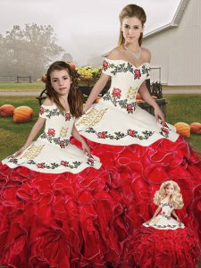 Extravagant White And Red Ball Gowns Organza Off The Shoulder Sleeveless Embroidery and Ruffles Floor Length Lace Up Sweet 16 Dresses