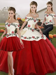 Sleeveless Organza Floor Length Lace Up Sweet 16 Dresses in White And Red with Embroidery