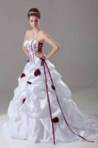 Wonderful White Ball Gowns Embroidery and Pick Ups and Hand Made Flower Wedding Gown Lace Up Taffeta Sleeveless