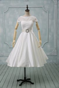 Ball Gowns Wedding Dress White Scoop Tulle Short Sleeves Tea Length Clasp Handle