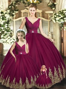 V-neck Sleeveless Backless Sweet 16 Dress Burgundy Tulle