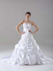 White Taffeta Lace Up Strapless Sleeveless Wedding Dresses Brush Train Beading and Pick Ups