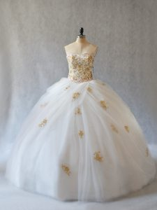 Glittering Sleeveless Tulle Brush Train Lace Up Quinceanera Gowns in White with Appliques