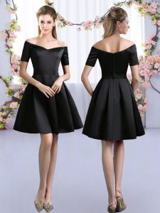 Mini Length A-line Short Sleeves Black Bridesmaid Dresses Zipper