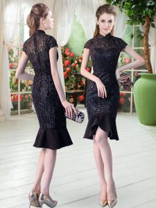 Chic Black Zipper Prom Evening Gown Short Sleeves Knee Length Lace