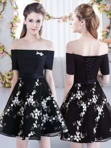 Black A-line Off The Shoulder Short Sleeves Organza Mini Length Lace Up Appliques Dama Dress for Quinceanera