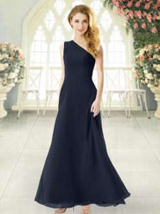 Gorgeous Chiffon One Shoulder Sleeveless Side Zipper Ruching Prom Evening Gown in Black
