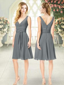Trendy Empire Prom Dress Grey V-neck Chiffon Sleeveless Knee Length Zipper