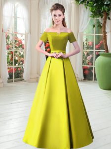 Yellow Green Short Sleeves Floor Length Belt Lace Up Dress for Prom