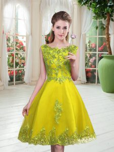 Best Selling Knee Length A-line Sleeveless Yellow Green Prom Party Dress Lace Up