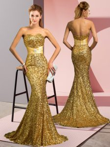 Customized Gold Sleeveless Beading Zipper Dress for Prom
