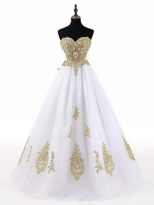 Most Popular Sweetheart Sleeveless Sweet 16 Dresses Floor Length Beading and Appliques White Tulle