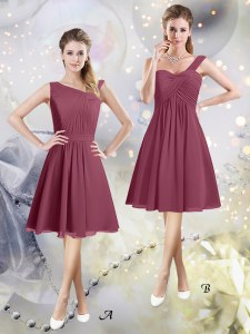 Burgundy Sleeveless Knee Length Ruching Zipper Dama Dress