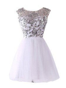 Fashion Scoop Sequins White Cap Sleeves Tulle Backless Cocktail Dress for Prom and Party