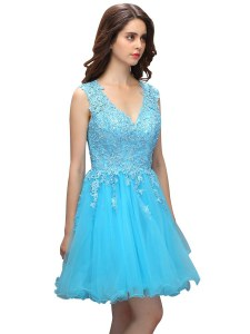 Modern Knee Length Backless Cocktail Dresses Baby Blue for Prom and Party with Beading and Appliques