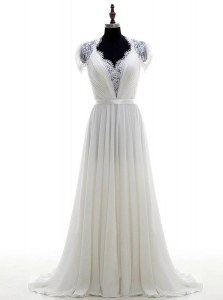 Superior White Clasp Handle Wedding Dresses Lace Short Sleeves With Brush Train