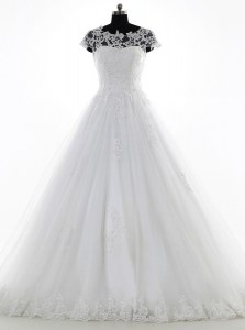 New Arrival Scoop Short Sleeves Brush Train Clasp Handle Wedding Gown White Tulle and Lace