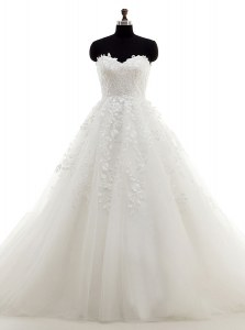 White Sweetheart Neckline Lace and Appliques Wedding Dresses Sleeveless Clasp Handle