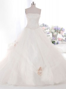 Cute Brush Train Ball Gowns Wedding Gowns White Strapless Tulle Sleeveless With Train Zipper
