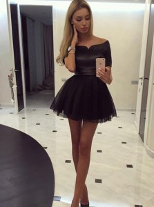Off the Shoulder Black Organza Zipper Cocktail Dress Short Sleeves Mini Length Ruching