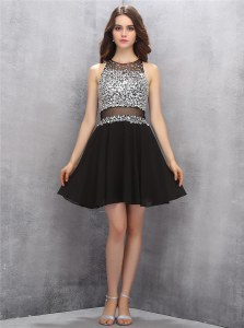 Romantic Chiffon Scoop Sleeveless Zipper Beading Homecoming Dress in Black