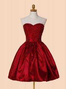 Knee Length Red Evening Dress Sweetheart Sleeveless Lace Up