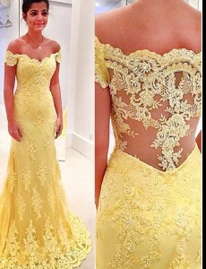 Chic Brush Train Mermaid Yellow Off The Shoulder Lace Short Sleeves Side Zipper