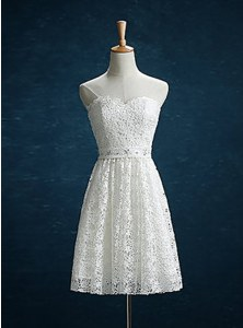 Classical Lace White Sweetheart Zipper Beading Prom Party Dress Sleeveless