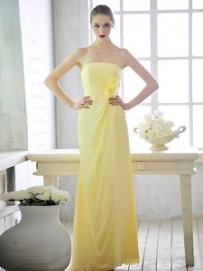 Light Yellow Strapless Lace Up Hand Made Flower Pageant Dress for Teens Sleeveless