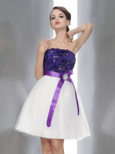 Beading and Sashes ribbons Homecoming Dress White And Purple Zipper Sleeveless Knee Length